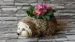 JEŽEK květináč keramická zahradní dekorace